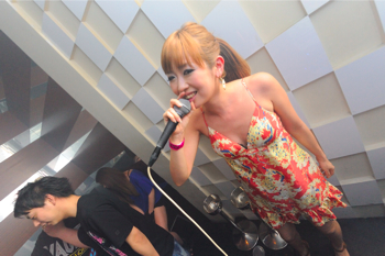 110702 POP LOUNGE SNAP_083(b)