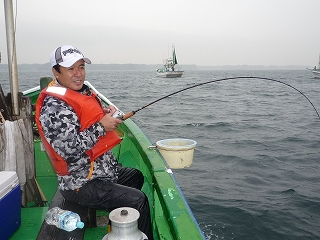 ワラサリレー釣り