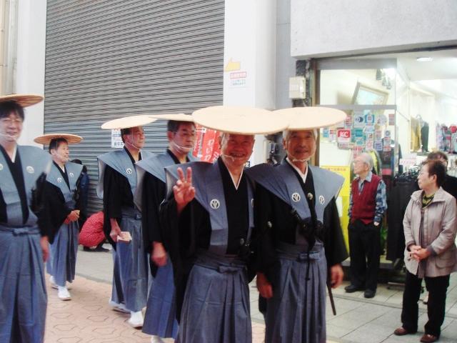 H26街道祭り前田裃侍 2014-10-26 004 (640x480)