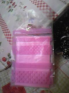 眩しいほどにピンクピンク包装