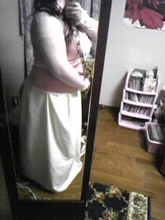 旦那作スカートの嫁着用例、横から見るとこんな感じ。