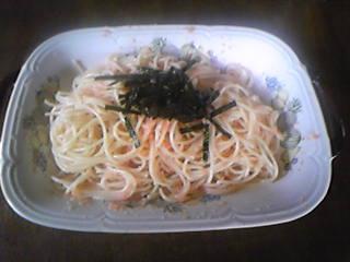 お昼のおうちごはん・本場福岡の辛子明太子+有明海産の海苔を使った贅沢パスタ!