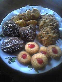 4種類のクッキーが完成!形はいびつだけど美味しい^^