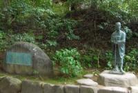 平泉中尊寺21芭蕉像