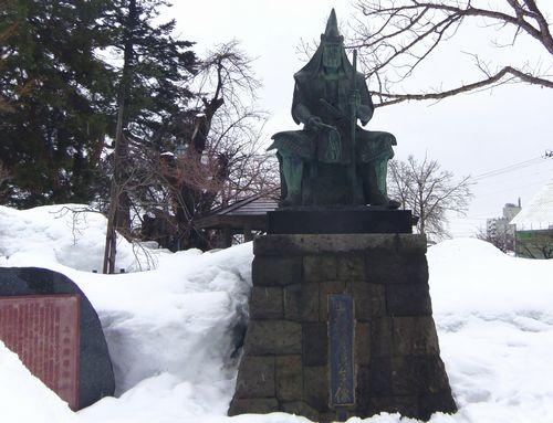 米沢城址上杉神社6上杉謙信像