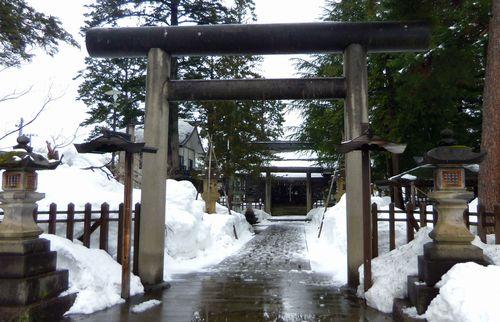 上杉神社周辺3松岬神社