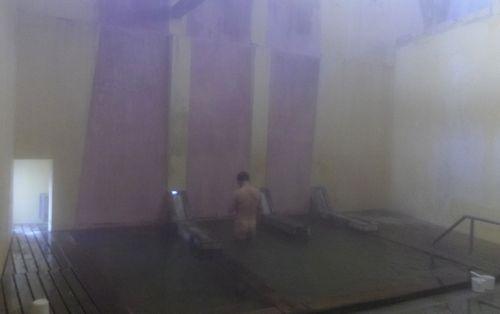 鳴子温泉早稲田桟敷湯11湯船