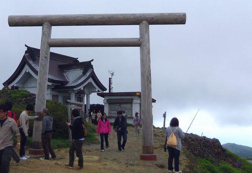 蔵王ハイライン御釜11刈田嶺神社