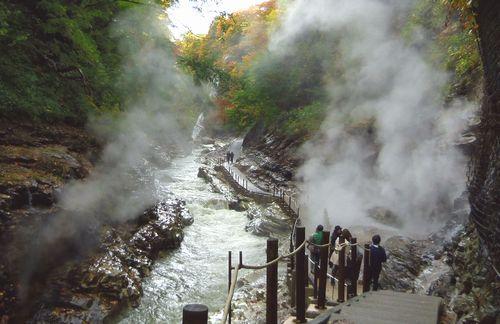 小安峡大噴湯1