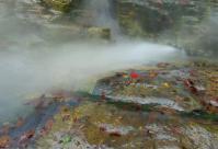 小安峡大噴湯9散策路大噴湯