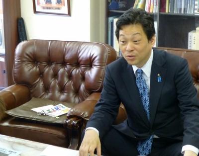 大西宏幸先生の事務所に訪問 003