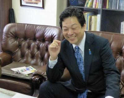 大西宏幸先生の事務所に訪問 004