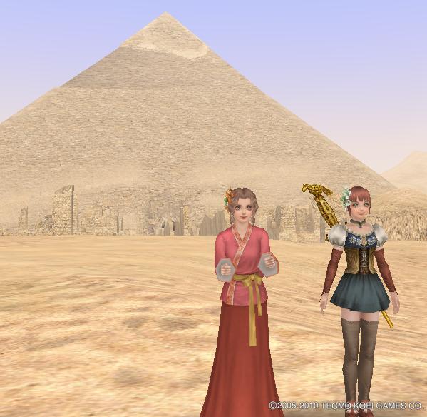 ピラミッドと一緒に♪