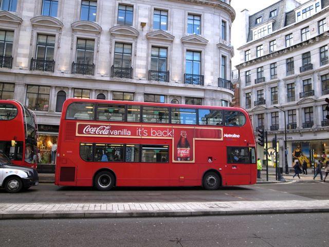 ロンドン 二階建てバス