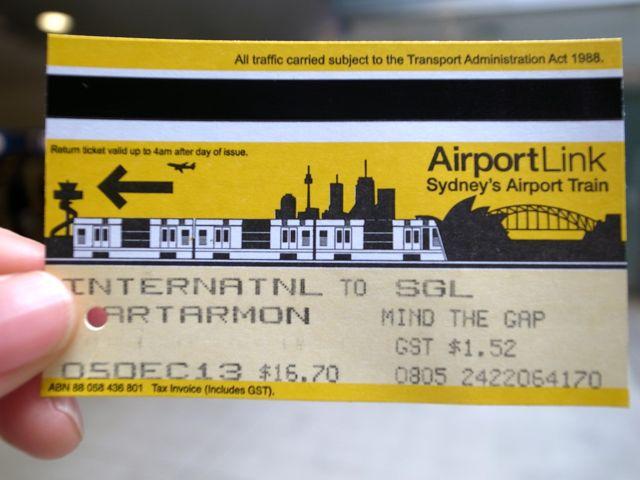 シドニー 空港から電車4
