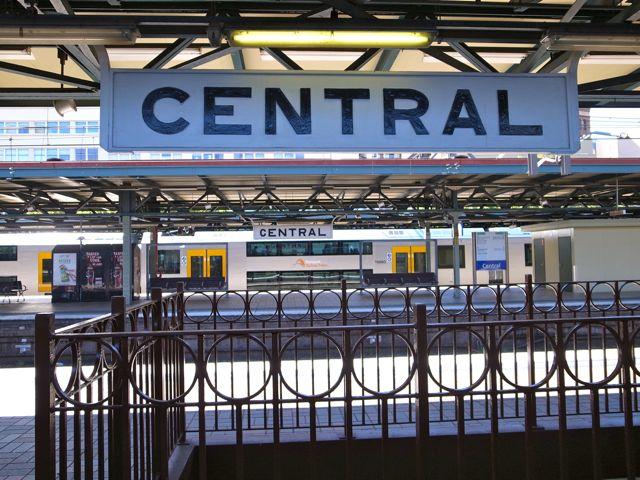 シドニー 空港から電車8