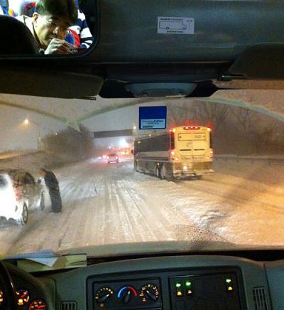 bus_snow.jpg