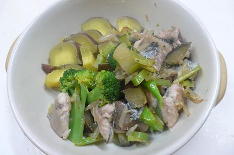 サンマとブロッコリーの炒め煮
