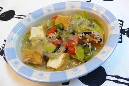 厚揚げとひき肉の春雨スープ