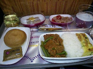タイ航空機内食2