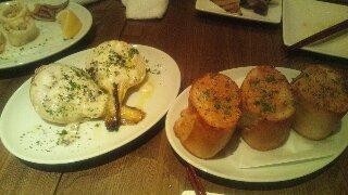 新玉ねぎのローストとガーリックトースト