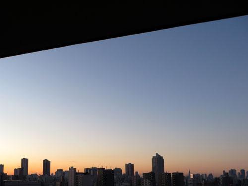 もうすぐ朝日