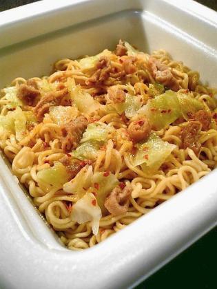 サッポロ一番 肉道場 ホルモン焼そば にんにくしょうゆ味1