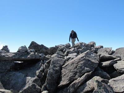 大岩の稜線