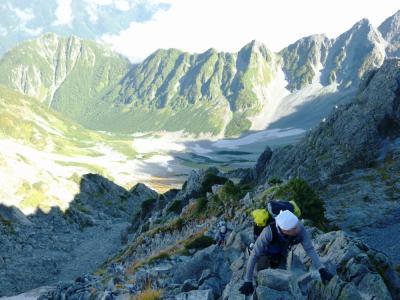 涸沢岳への上り