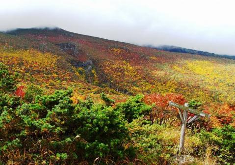 錦秋の安達太良山