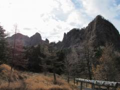火山館から牙山