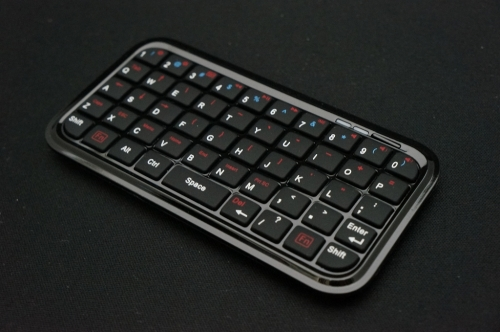 Mini_Bluetooth_Keyboard_005.jpg