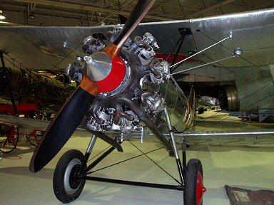 銀ピカオシャレでしょみたいなブルドック機RAF博物館にてdownsize