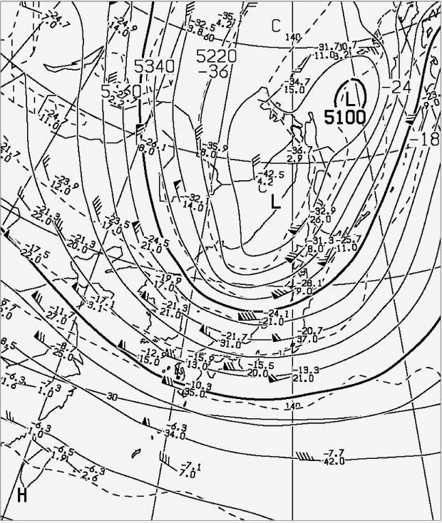 2013年11月11日09時 500hPa高度・気温解析