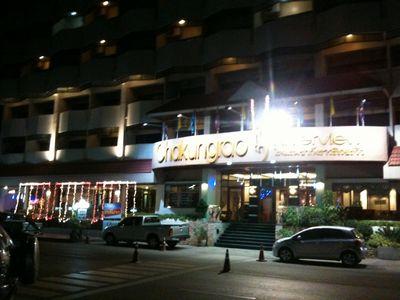 ホテル 001