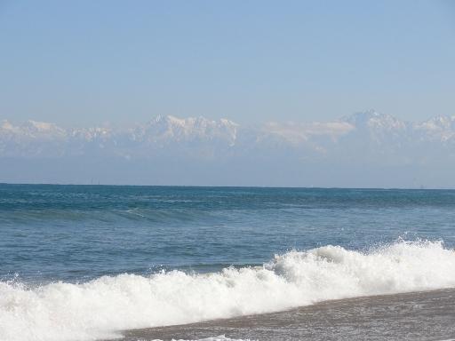 島尾海水浴場から見る立山連峰-2