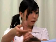 新人ナースが患者に頼まれフェラ&手コキ!目撃した先輩ナースがフィニッシュさせます!