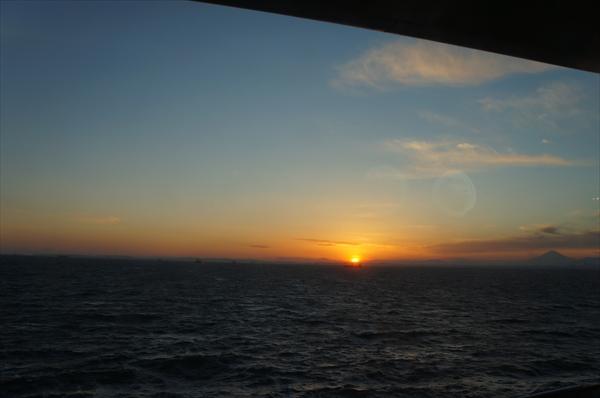 海ほたるの夕日。
