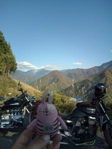 山あいの景色