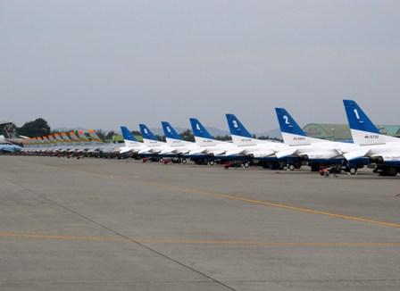 航空自衛隊浜松基地「ブルーインパルス」