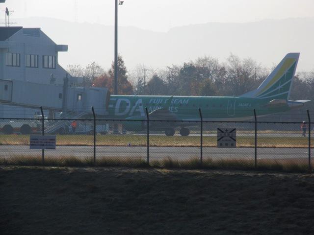 離陸を待つ「FDA5225便」