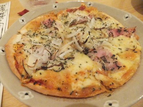 バジルとガーリックのピザ♪