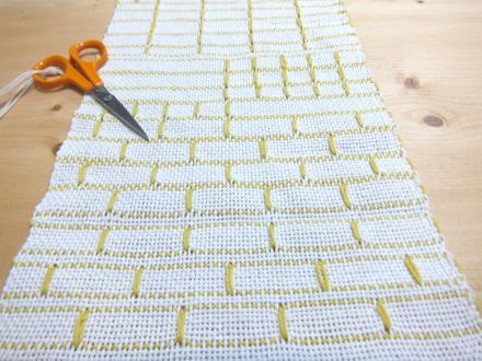 ダーニッシュメダリオンのサンプル織り