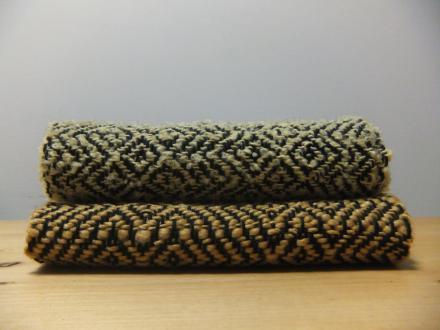 同じ経糸から2枚のマフラー