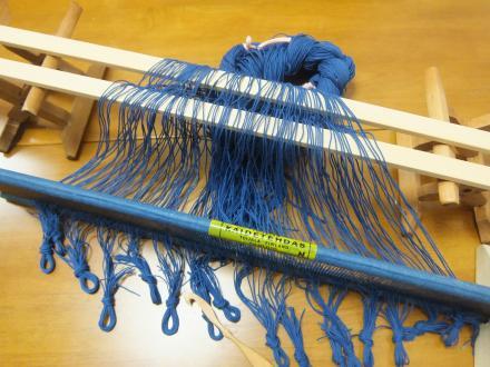 綾線効果の織り・マットの経糸