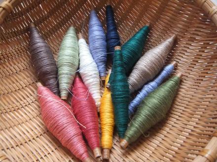 カラフルなリネン糸