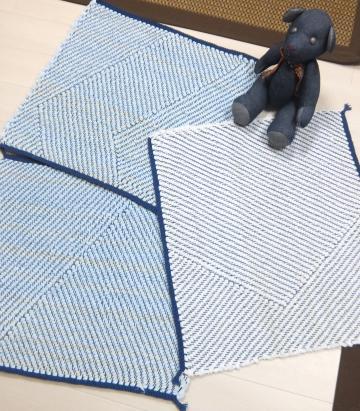 綾線効果の裂き織りマット・その2&3&4