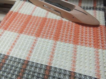 8枚綜絖のワッフル織り、3色