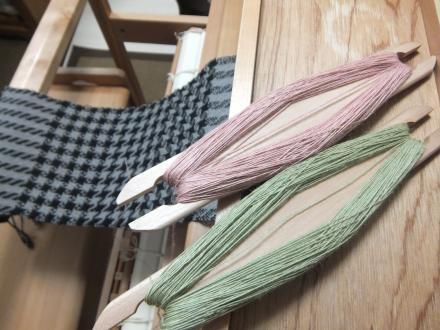 8枚綜絖の綾織りのサンプル