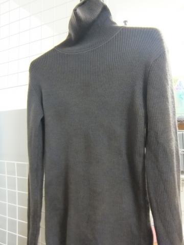 ログウッド染め・鉄媒染のセーター